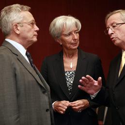 Tremonti, Lagarde e Juncker al meeting di Bruxelles (Epa)