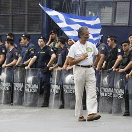 Salvare la Grecia vuol dire salvare le banche francesi e tedesche e (l'euro)
