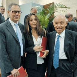 Nella foto, da sinistra, l'amministratore delegato di Fondiaria-Sai, Emanuele Erbetta, Jonella Ligresti e Salvatore Ligresti (Imagoeconomica)
