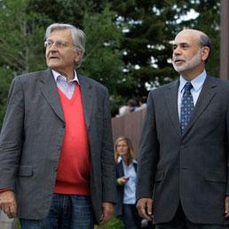 Paul Bernanke e Jean-Claude Trichet al simposio di Jackson Hole. Ago 26, 2011. (AP Photo/Reed Saxon)