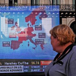 Nowotny (Bce): taglio rating Italia problema più serio per l'Europa