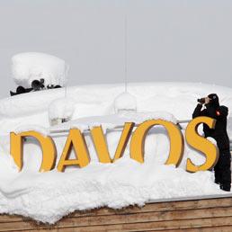 Davos: Merkel apre i lavori ma sarà Gary Cohn (Goldman Sachs) la star del forum (Reuters)