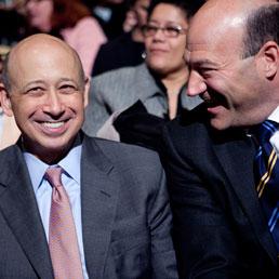 Lloyd Blankfein (S) e Gary Cohn rispettivamente ceo e presidente di Goldman Sachs (Bloomberg)