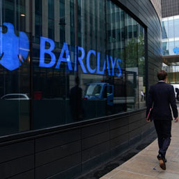 Bollette dell'energia truccate: multa record di 470 milioni $ a Barclays