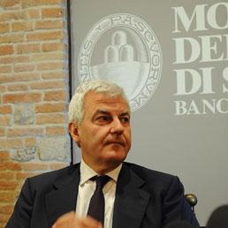 Il presidente del Monte dei Paschi di siena, Alessandro Profumo (Ansa)