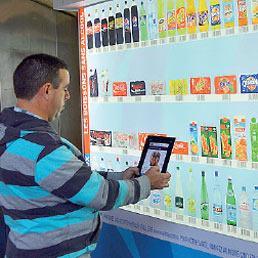 L'e-commerce cresce ovunque ma non decolla in Italia. Ecco perché - La Banca online invece prende quota