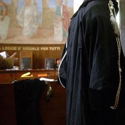 Sì di Bossi alla riforma della giustizia. Rutelli: una proposta dal terzo polo - Giallo sui processi in corso