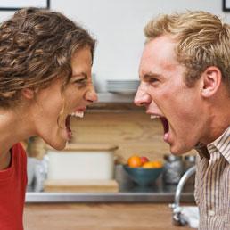L'aiuto economico del marito anche senza ricevuta mette fuori gioco l'accertamento alla moglie