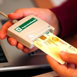 In arrivo la card unica, tessera sanitaria più carta d'identità elettronica - Il testo