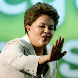 In Brasile inizia l'era Rousseff (e l'Italia spera di riaprire la partita dell'estradizione di Battisti)
