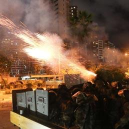 Scontri in piazza in Brasile, c'è una vittima. Rousseff convoca vertice - Il miracolo interrotto - Foto