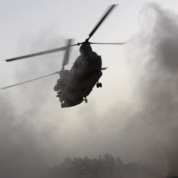 Nato confema: Chinook abbattuto due giorni fa da un razzo talebano
