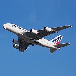 Air France punta al 50% di Alitalia