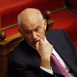 Il presidente dell'Internazionale Socialista George Papandreou