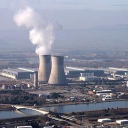 La centrale nucleare di Marcoule, Francia (Italy Photo Press)