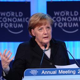 Merkel a Davos chiede più Europa e indica le priorità: posti di lavoro e crescita