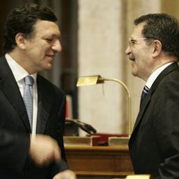 Josè Manuel Barroso e Romano Prodi (Ansa)