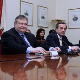 Evangelos Venizelos e Antonis Samaras (Reuters)