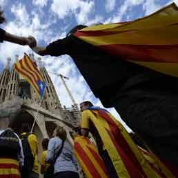 Catena umana in Catalogna per il referendum sulla secessione - Foto