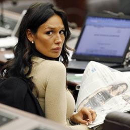 Nicole Minetti scarica la responsabilità su Fede e Mora