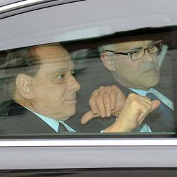 Silvio Berlusconi con il medico personale Alberto Zangrillo (Ansa)