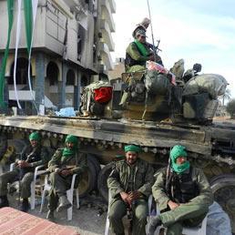 Soldati dell'esercito libico a Zawiya ANSA/ CLAUDIO ACCOGLI