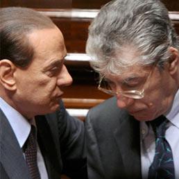 Berlusconi con Bossi (Olycom)