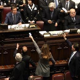Il parlamento italiano una specie di ring el mundo il for Il parlamento italiano