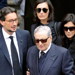 L'ultimo saluto a Pietro Ferrero dalla sua famiglia (Ansa)