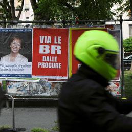Manifesto Br-procure di provocazione (Ansa)