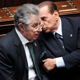 Berlusconi rassicura il Consiglio dei ministri: con Bossi è tutto a posto
