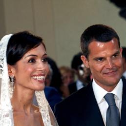 Mara Carfagna con Marco Mezzaroma durante le nozze (Ansa/Blog Mara Carfagna)