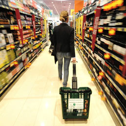 Effetto Iva sull'inflazione, a ottobre +0,6% (record dal 1995). Tasso annuo al 3,4% (record dall'ottobre 2008)