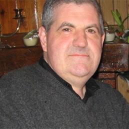 Gianluca Casseri, 50 anni, ha ucciso tre senegalesi e ne ha feriti altri tre in una folle sparatoria a Firenze