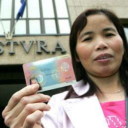 Immigrati, pronto il decreto per la regolarizzazione. Domande dal 15 ...