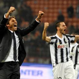 Inter-Juventus, Antonio Conte esulta con Leonardo Bonucci a fine partita