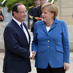 Hollande e Merkel in un recente incontro (Ansa)