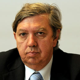 Il senatore del Pdl, Angelo Maria Cicolani (Fotogramma)