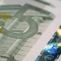 Ecco la nuova banconota da 5 euro. Dal 2 maggio in circolazione