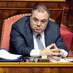 Il senatore Sergio De Gregorio nell'aula del Senato (Ansa)