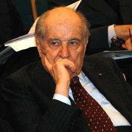 È morto Luigi Lucchini, ex presidente di Confindustria. Squinzi: scompare un protagonista del Dopoguerra