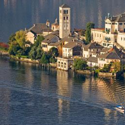 Lago d'Orta (Corbis)