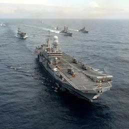 Crociera promo nel golfo e in africa per la portaerei - Cavour portaerei ...