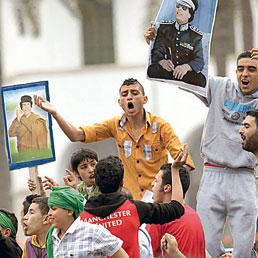 Gheddafi tenta l'assedio a Bengasi