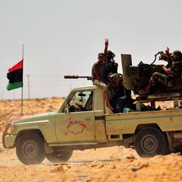 I ribelli a 30 km da Sirte, Gheddafi sarebbe pronto a trattare