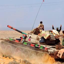 Ribelli e lealisti cercano una tregua a Bani Walid (Reuters)