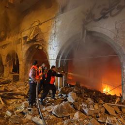 A Gaza sette palestinesi feriti nei raid della notte. Strage sfiorata a Beer Sheva (Neghev) (Afp)