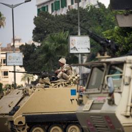Egitto, un paese ostaggio delle opposte fazioni - I salafiti chiedono la testa di Mansour