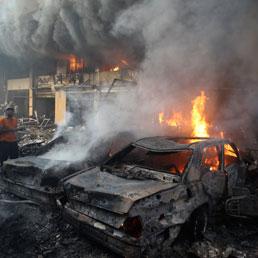 Un'autobomba esplode a Beirut, 20 morti