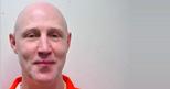 Nello Utah dopo 14 anni torna la fucilazione. Ronnie Lee Gardner (nella foto Epa), condannato alla pena capitale, aveva scelto un metodo �pi� umano� dell'iniezione letale